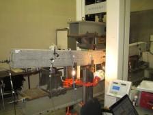 特殊線材を用いた供試体製作と載荷試験
