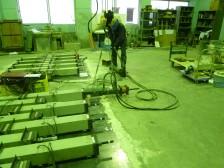 コンクリートのクリープ収縮試験3