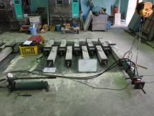 コンクリートのクリープ収縮試験