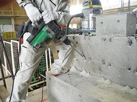 震災復興に関する橋台模型の静的載荷実験業務
