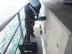 海洋に架橋されたコンクリート橋脚の調査・分析1